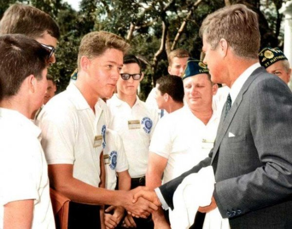 A young Bill Clinton meets John F. Kennedy